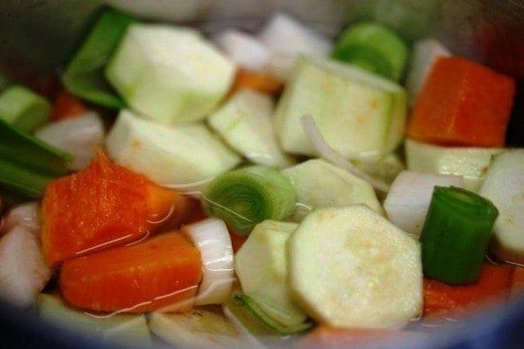 Grafe e Faca Sopa de Saramagos e legumes