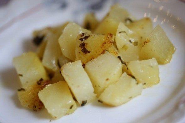 Grafe e Faca Batatas Amanteigadas com alho e coentros (3)