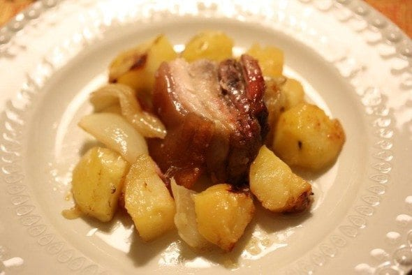Grafe e Faca Batatas no forno com entrecosto