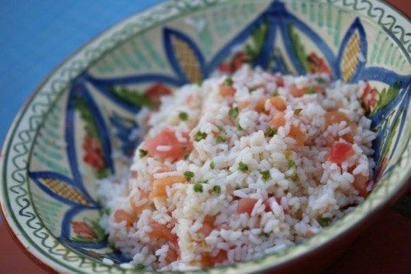 Arroz de tomate frio com sementes de manjericão arroz de tomate frio com sementes de manjericão Arroz de tomate frio com sementes de manjericão 8E6B6167 590x394