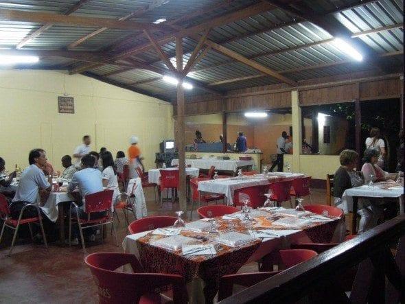 DSCN1378 restaurante da dona tété Restaurante da Dona Tété em São Tomé DSCN1378 590x443