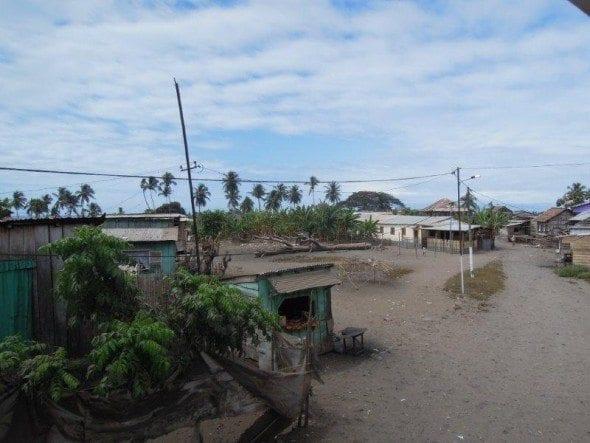 DSCN1618 restaurante a santola Restaurante A Santola no 2º dia em São Tomé DSCN1618 590x443