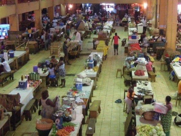 DSCN1696 restaurante a santola Restaurante A Santola no 2º dia em São Tomé DSCN16961 590x443