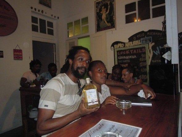 DSCN2177 pico mocambo Bar Pico Mocambo em São Tomé DSCN2177 590x443