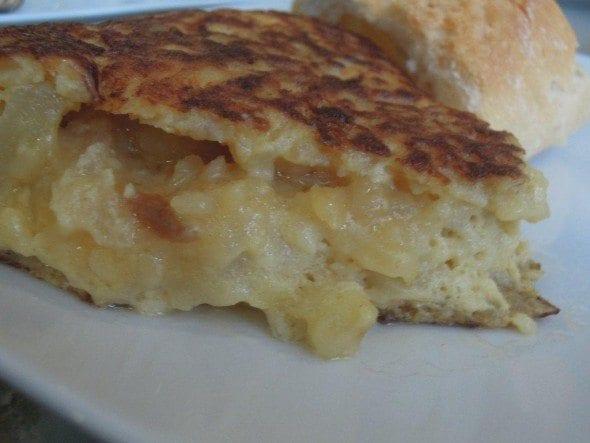 Tortilha de Batata - Taberna del Alabardero em Madrid sopa de grão com bacalhau e espinafres Sopa grão com bacalhau e espinafres da Taberna del Alabardero em Madrid DSCN0124 590x443