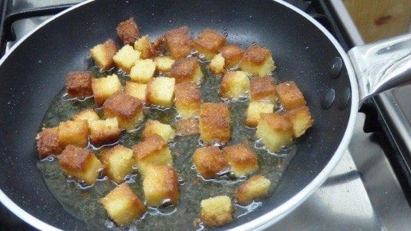 3 ovos mexidos com broa e pimentão (2ª versão) - Ovos mexidos com broa e pimentão (2ª versão)