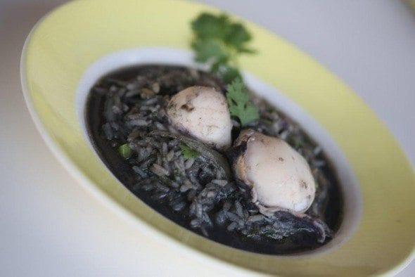 6 arroz de chocos com tinta em estorãos Arroz de Chocos com tinta em Estorãos 66 590x394