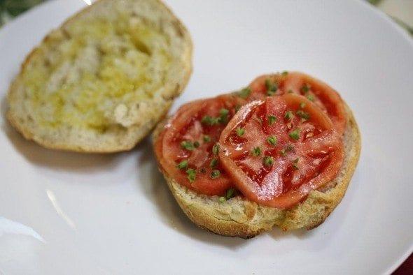 6 torradas com azeite e tomate Torradas com Azeite e Tomate 65 590x394
