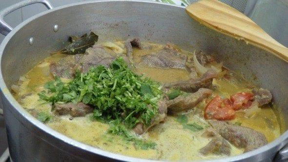 10 bifes de caril (para 8 pessoas) Bifes de Caril com Piripíri (para 8 pessoas) 10 590x332