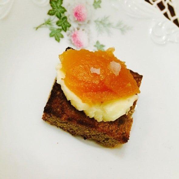 sem-titulo tosta de centeio com manteiga e marmelada Tosta de Centeio com Manteiga e Marmelada Sem T  tulo 590x591