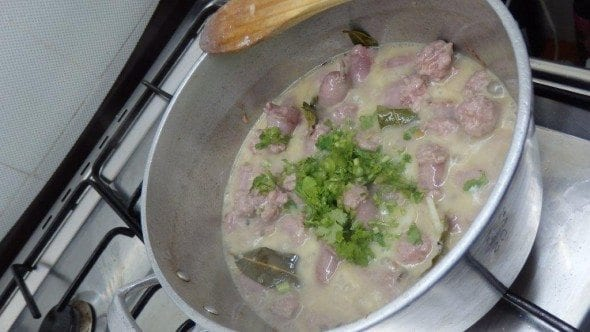 Salsichas frescas com Feijão Branco salsichas frescas com feijão branco Salsichas Frescas com Feijão Branco 42 590x332